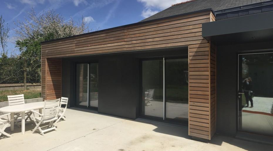 Extension maison architecte rennes 1 2 vue lise roturier for Extension bois toit plat